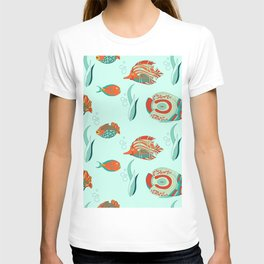 Seamless pattern with decorative coral fish on a turquoise background T-shirt