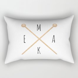 MAKE  |  Knitting Needles Rectangular Pillow