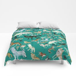 Wolves pattern in blue Comforters
