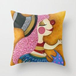 circo Throw Pillow