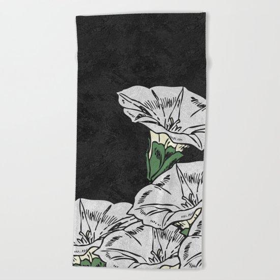 MARBLE FLOWERS Beach Towel