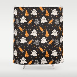 Happy hallowen ghosts, web, pumkins and sweets pattern Shower Curtain