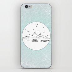 Bora Bora Island, French Polynesia Skyline Illustration Drawing iPhone & iPod Skin
