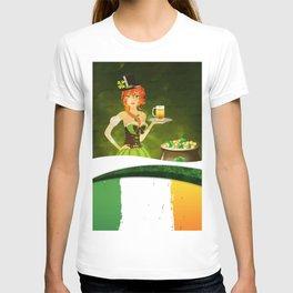 Leprechaun woman with beer T-shirt