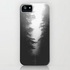 Foggy Road Slim Case iPhone (5, 5s)
