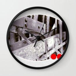 gears inside Wall Clock