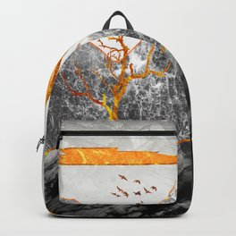 Marble mountains and the fire tree Backpack