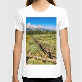 Grand Teton National Park Fence Line Rustic Print T-shirt