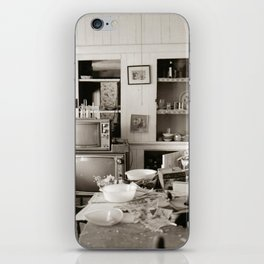chester kitchen iPhone Skin