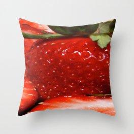 berry berry strawberry Throw Pillow