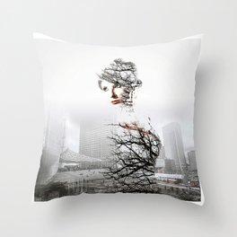 Fantomne de la Défense Throw Pillow