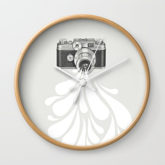 Worth a thousand words Wall Clock