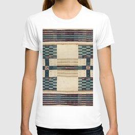 V43 Old Epic Moroccan Carpet Design T-shirt