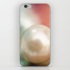 Pearl Delight iPhone & iPod Skin