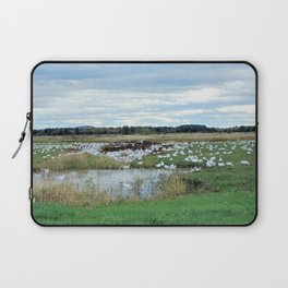 1001 Snow Geese Laptop Sleeve