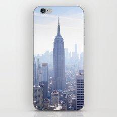 New York sky line iPhone Skin