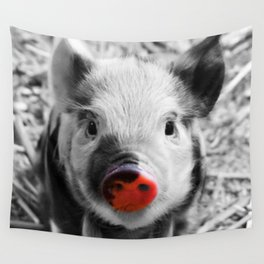 BW splash sweet piglet Wall Tapestry