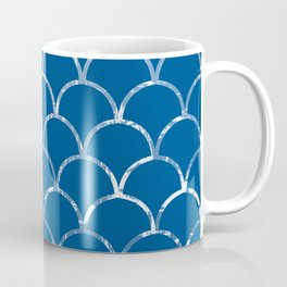 Textured large scallop pattern in snorkel blue Coffee Mug