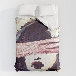 Portrait 117 Comforters