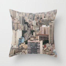 city caos São Paulo Throw Pillow