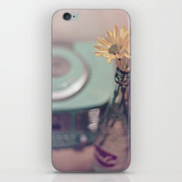daisies with vintage radio iPhone Skin