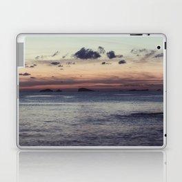 Empieza el día en la isla Laptop & iPad Skin