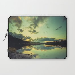 Speaking in silence Laptop Sleeve