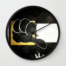 Mediocre Daffy Wall Clock