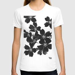 Primrose In BW T-shirt