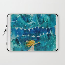 Sometimes Sea gets Mad. But we stay Friends. Laptop Sleeve