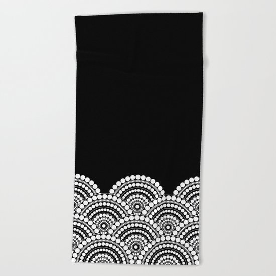 BLACK AND WHITE (abstract pattern) Beach Towel
