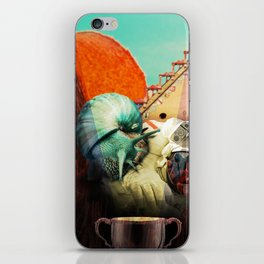 Snails escape iPhone Skin