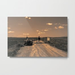 CLOSED Metal Print