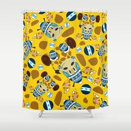 Cute Cartoon Bobble Hat Giraffe Pattern Shower Curtain