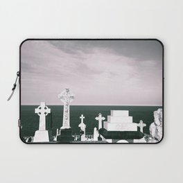 A place to rest by the ocean Laptop Sleeve