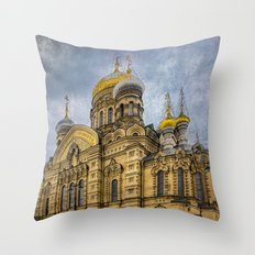 Church of the Assumption of the Blessed Virgin Mary - St. Petersburg Throw Pillow