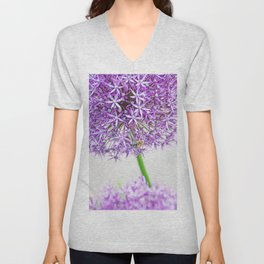 Be a Bee and be Free Unisex V-Neck