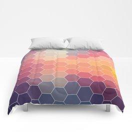 COLORFUL RETRO HEXAGONS HONEYCOMB Comforters