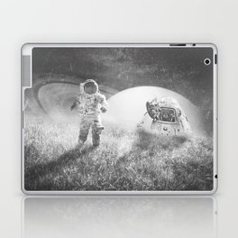 Familiar Planet Laptop & iPad Skin