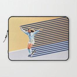 Skate Like a Girl 02 Laptop Sleeve