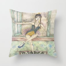 Vedette Throw Pillow
