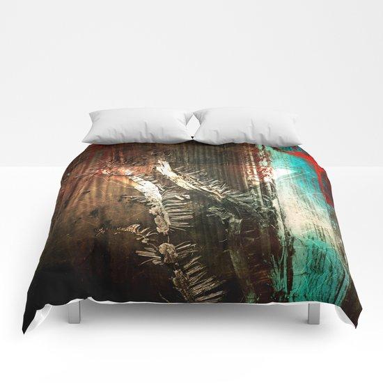 Manipulation 84.0 Comforters