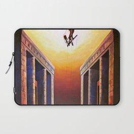 Allo specchio / The mirror Laptop Sleeve