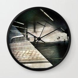 Montreal urbain Wall Clock