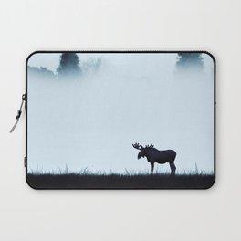 The moose - minimalist landscape Laptop Sleeve