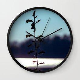 Concept nature : respice finem Wall Clock