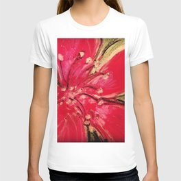 Red Hibiscus Detail T-shirt
