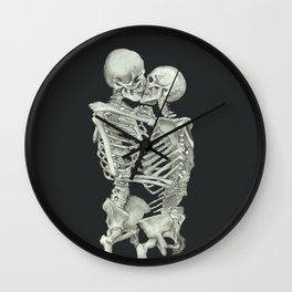 Valentine's Day Gift: Skeleton Kiss Wall Clock