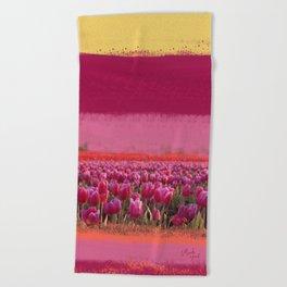 field of tulips Beach Towel