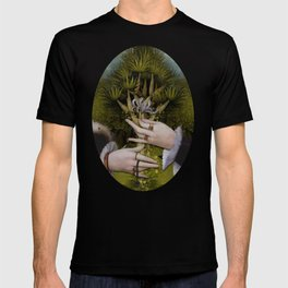 """""""The hands of Bosch and the Spring"""" T-shirt"""